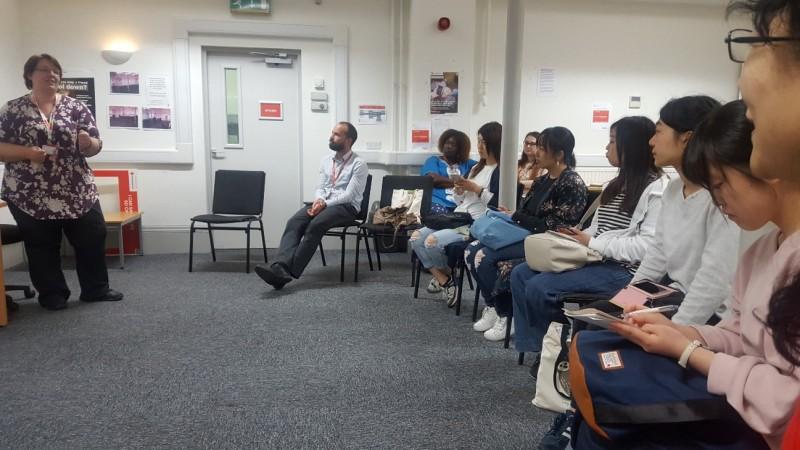 英国語学研修 プリマス英国赤十字2